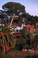06 Alpes Maritimes/ Antibes : Villa en bord de mer dans la Pinède [Non destiné à un usage publicitaire - Not intended for an advertising use]