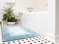 Bath mat staged for sales on Amazon. How would you like your products displayed for your customers?