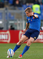 Rugby, Torneo Sei Nazioni: Italia vs Francia. Roma, stadio Olimpico, 15 marzo 2015.<br /> France's Jules Plisson kicks to score a try during the Six Nations championship rugby match between Italy and France at Rome's Olympic stadium, 15 March 2015.<br /> UPDATE IMAGES PRESS/Riccardo De Luca