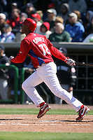March 4, 2010:  Infielder Ozzie Chavez of the Philadelphia Phillies during a Spring Training game at Bright House Field in Clearwater, FL.  Photo By Mike Janes/Four Seam Images