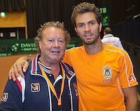 11-sept.-2013,Netherlands, Groningen,  Martini Plaza, Tennis, DavisCup Netherlands-Austria, Draw,   Jean-Julien Rojer and photographer Henk Koster<br /> Photo: Henk Koster