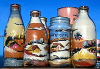 Artesanato garrafas com areia colorida, Morro Branco. CE. Foto Juca Martins