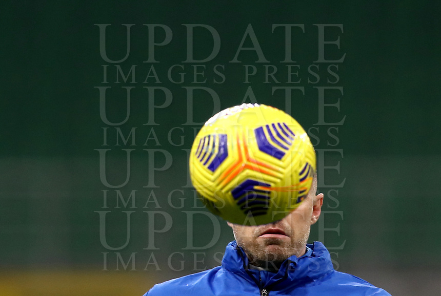 Calcio, Serie A: Inter Milano - Atalanta, Giuseppe Meazza (San Siro) stadium, in Milan, March 8, 2021.  <br /> Atalanta's Josip Ilicic during the warm up prior to the Italian Serie A football match between Inter and Atalanta at Giuseppe Meazza (San Siro) stadium, on  March 8, 2021.  <br /> UPDATE IMAGES PRESS/Isabella Bonotto