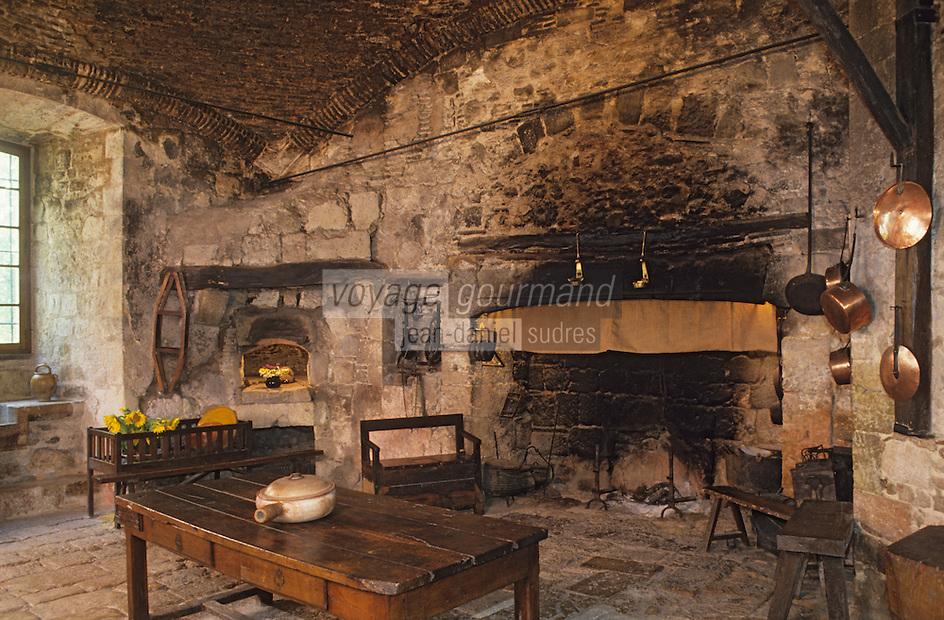 Europe/France/Midi-Pyrénées/32/Gers/Cassaigne: Le chateau (Armagnac) - La cuisine
