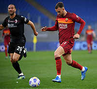 Football, Serie A: AS Roma - Bologna, Olympic stadium, Rome, April 11, 2021. <br /> Roma's Borja Mayoral (r) is going to shoot during the Italian Serie A football match between AS Roma and Bologna at Rome's Olympic stadium, Rome, on April 11, 2021.  <br /> UPDATE IMAGES PRESS/Isabella Bonotto