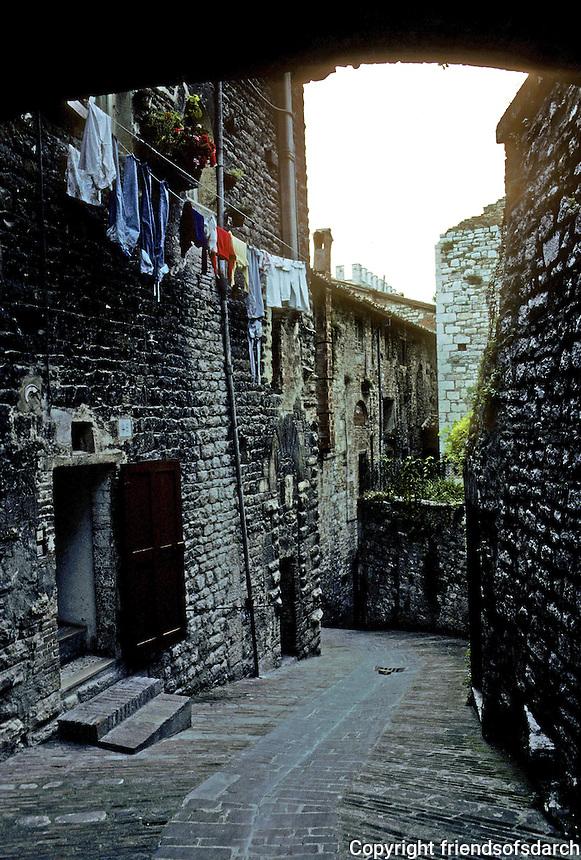 Italy: Gubbio--Narrow street down from Ducal Palace. Photo '83.