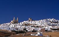 Olvera, eines der weißen Dörfer, Andalusien, Spanien