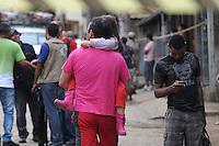 ATENCAO EDITOR IMAGEM EMBARGADA PARA VEICULOS INTERNACIONAIS - NOVA FRIBURGO, RJ, 14 NOVEMBRO 2012 - Vista do local onde teve deslizamento na cidade de Nova Friburgo no Rio de Janeiro nesta quarta-feira, 14. Ao menos 20 casas do bairro foram atingidas pelos dois deslizamentos ocorridos na terça-feira (13). Segundo o Corpo de Bombeiros, não houve vítimas e não há busca por desaparecidos. A área afetada já estava interditada desde janeiro de 2011, quando uma forte chuva matou mais de 900 pessoas na Região Serrana. (FOTO: FERNANDO FERREIRA / BRAZIL PHOTO PRESS).