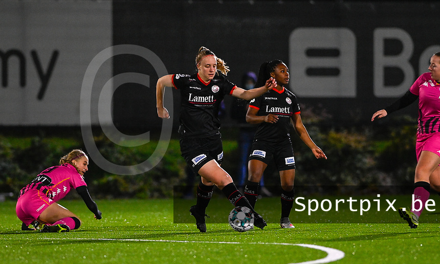 Lotte De Wilde (19) of Zulte-Waregem pictured during a female soccer game between Sporting Charleroi and SV Zulte-Waregem on the 12 th matchday of the 2020 - 2021 season of Belgian Scooore Womens Super League , friday 29 th of January 2021  in Marcinelle , Belgium . PHOTO SPORTPIX.BE | SPP | DAVID CATRY