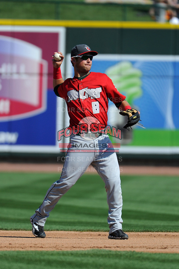 Fort Wayne TinCaps second baseman Maxx Tissenbaum (8) warms up during a game against the Great Lakes Loons on August 18, 2013 at Dow Diamond in Midland, Michigan.  Fort Wayne defeated Great Lakes 4-3.  (Mike Janes/Four Seam Images)