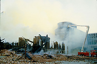 September 1985 File Photo - Montreal (qc) CANADA - Fire beside Montreal Convention Centre (Palais des congres)