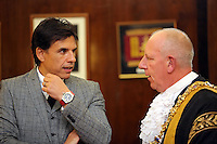 Pictured L-R: Chris Coleman with Lord Mayor for Swansea Councillor David Hopkins Thursday 20 October 2016<br />