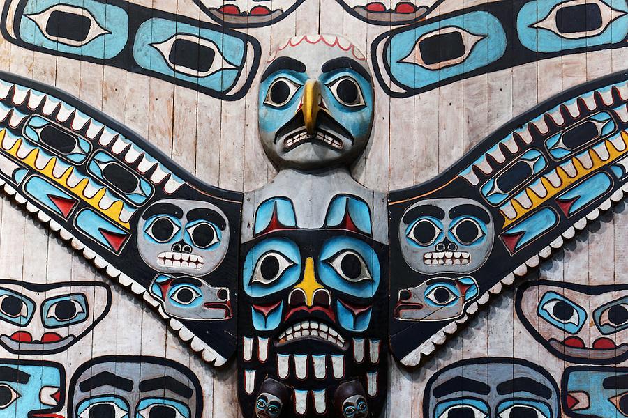 The Thunderbird Screen (Xeitl X'een), Alaska State Museum, Juneau, Alaska, USA