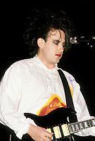The Cure<br /> au Forum, le 2 aout 1987<br /> <br /> PHOTO D'ARCHIVE : Agence Quebec Presse