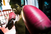 THAILAND: MUAY THAI KID FIGHTERS (2011)