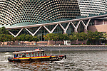 Esplanade Theatres 03 - Tourist boat on the Singapore river near the Esplanade Theatres On The Bay, Marina Bay, Singapore
