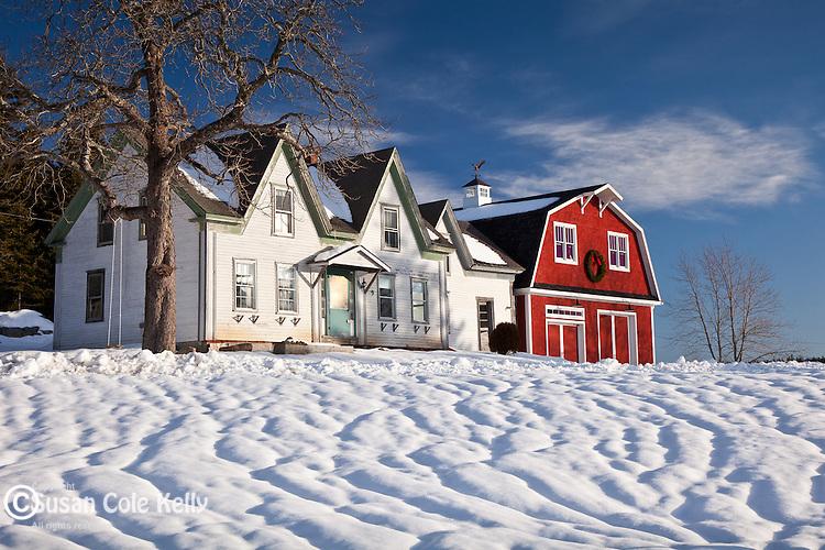 Farmhouse in Winter Harbor, ME, USA