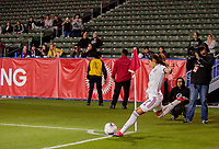 CARSON, CA - FEBRUARY 7: Daniela Espinosa #7 of Mexico takes a cornerkick during a game between Mexico and USWNT at Dignity Health Sports Park on February 7, 2020 in Carson, California.