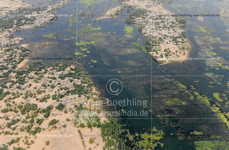 MALI, Gao, aerial view, river Niger and flooded area, settlement with clay houses / Luftbild des Fluß Niger und Überschwemmungsgebiete