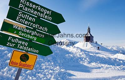 Germany, Bavaria, Upper Bavaria, Tegernseer Valley, Holy Cross Church at Wallberg mountain, signpost, ski hiker