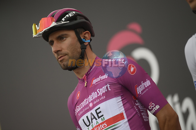 Maglia Ciclamino Diego Ulissi (ITA) UAE Team Emirates at sign on before the start of Stage 3 of the 103rd edition of the Giro d'Italia 2020 running 150km from Enna to Etna (Linguaglossa-Piano Provenzana), Sicily, Italy. 5th October 2020.  <br /> Picture: LaPresse/Marco Alpozzi | Cyclefile<br /> <br /> All photos usage must carry mandatory copyright credit (© Cyclefile | LaPresse/Marco Alpozzi)