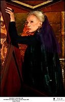 Prod DB © Castel Film / DR<br /> LES ROIS MAUDITS (LES ROIS MAUDITS) serie TV de Josee Dayan 2005 FRA / ITA<br /> avec Jeanne Moreau<br /> d'apres le roman de Maurice Druon
