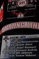 Startaufstellung der Florida Panthers auf dem Videowuerfel<br /> New Jersey Devils vs. Florida Panthers<br /> *** Local Caption *** Foto ist honorarpflichtig! zzgl. gesetzl. MwSt. Auf Anfrage in hoeherer Qualitaet/Aufloesung. Belegexemplar an: Marc Schueler, Am Ziegelfalltor 4, 64625 Bensheim, Tel. +49 (0) 6251 86 96 134, www.gameday-mediaservices.de. Email: marc.schueler@gameday-mediaservices.de, Bankverbindung: Volksbank Bergstrasse, Kto.: 151297, BLZ: 50960101