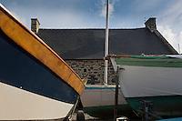 France, Ille-et-Vilaine (35), Côte d'Emeraude, vallée de la Rance,  Le Minihic-sur-Rance:  La cale de la Landriais - le chantier naval // France, Ille et Vilaine, Cote d'Emeraude (Emerald Coast), Rance Valley, Le Minihic-sur-Rancea