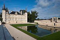 Europe/France/Aquitaine/33/Gironde/Pauillac: Château  Pichon-Longueville-Baron , 2 ème grand cru classé, style néo-renaissance