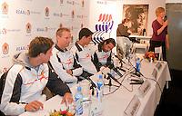 7-9-09, Alphen aan den Rijn, Persconferentie Daviscup team, Sandra Helmus van de KNLTB opent de persconferentie