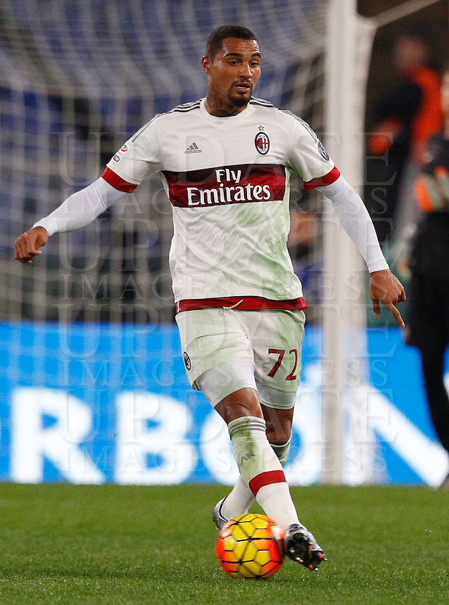 Calcio, Serie A: Roma vs Milan. Roma, stadio Olimpico, 9 gennaio 2016.<br /> AC Milan's Kevin-Prince Boateng in action during the Italian Serie A football match between Roma and Milan at Rome's Olympic stadium, 9 January 2016.<br /> UPDATE IMAGES PRESS/Riccardo De Luca