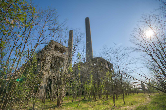 This power plant that never was.<br /> Building started during the war and never finished. Use by the Soviets as target practice