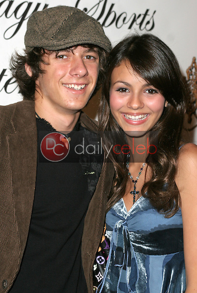 Matthew Underwood and Victoria Justice<br /> at the 1st Annual Read To Succeed Literary Gala, Renaissance Hollywood Hotel, Hollywood, CA. 11/11/06<br /> Marty Hause/DailyCeleb.com 818-249-4998