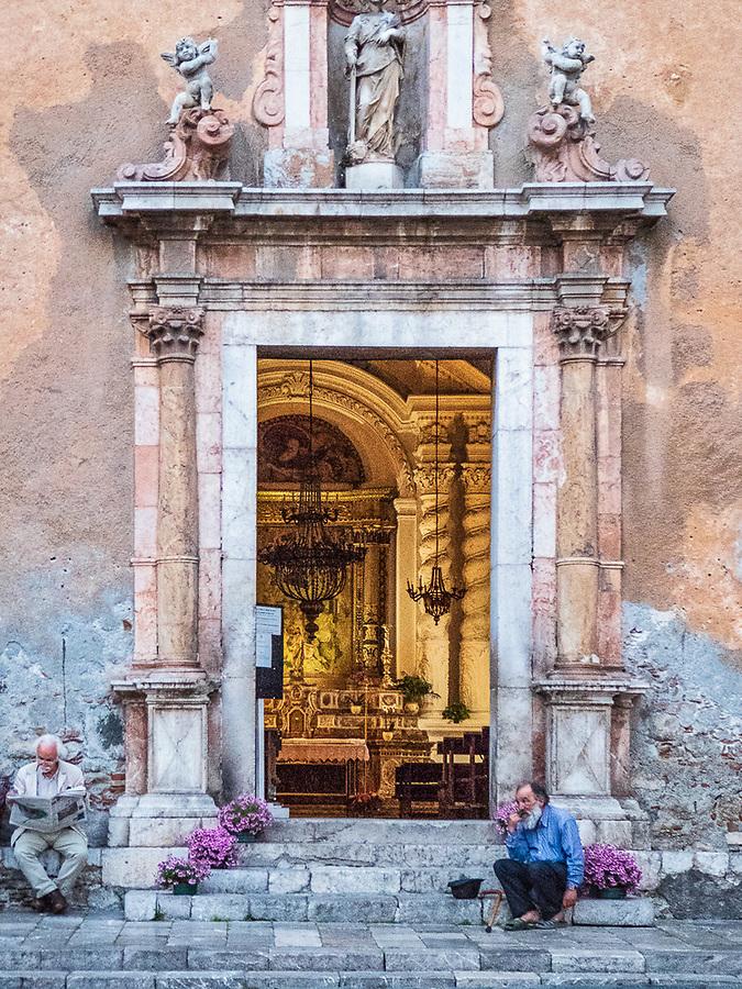 Alms, Santa Caterina Church, Taormina, Italy