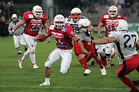 Quarterback Matt Crockett (Braunschweig Lions) setzt sich durch