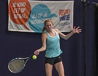 Hilversum, Netherlands, December 4, 2016, Winter Youth Circuit Masters, Sophie Schouten (NED)<br /> Photo: Tennisimages/Henk Koster