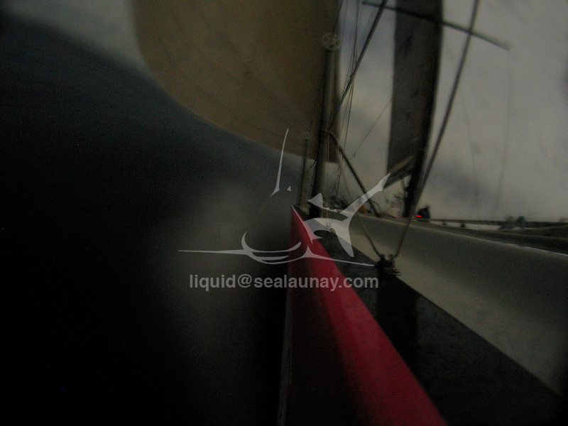 """Onboard an ex Volvo 60 (Djuice)""""Get Away Sailing"""" during the Audi Sydney Southport Yacht Race in 2007."""