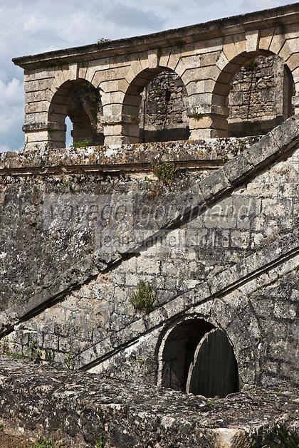 Europe/France/Aquitaine/33/Gironde/Cussac-Fort-Médoc: Le Fort  Médoc construit par Vauban - Le Corps de Garde de la Gironde