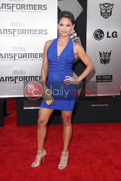 Vanessa Minnillo<br />at the Los Angeles Premiere of 'Transformers Revenge of the Fallen'. Mann Village Theatre, Westwood, CA. 06-22-09<br />Dave Edwards/DailyCeleb.com 818-249-4998