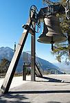 Austria, Tyrol, Telfs: the Peace Bell of the Alpine Lands is the largest bell in Tyrol. It is eight feet three inches high and eight feet four inches in diameter. Its belfry has to support more than 10 tons of cast bronze | Oesterreich, Tirol, Telfs: die Friedensglocke des Alpenraumes im Ortsteil Moesern, Gewicht 10.180 kg, Hoehe 2,51 m, Durchmesser 2,54 m und ein Gewiht von ueber 10 Tonnen