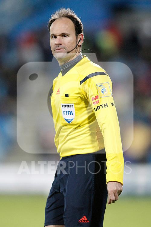 Spanish referee Mateu Lahoz during La Liga match. February 14,2016. (ALTERPHOTOS/Acero)