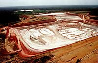 Vista aérea da mina de caulim da Pará Pigmentos em Ipixuna, CVRD.<br />Ipixuna-Pará-Brasil12/09/2000<br />©Foto:Paulo Santos/ Interfoto