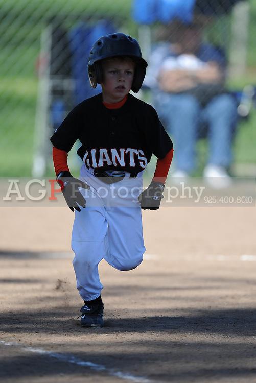 The Farm Giants of Pleasanton National Little League  March 28, 2009.