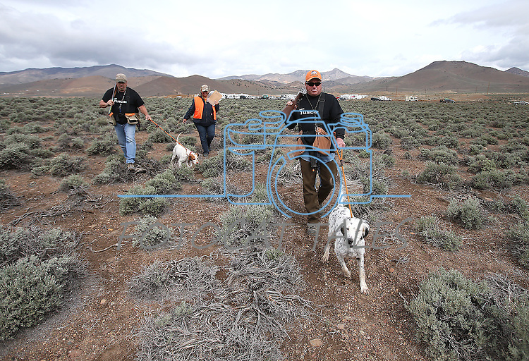 Competitors Dan Hannah and Paul Predere head out to the course during the U.S. Bird Dogs Western State Nationals in Mound House, Nev., on Friday, April 24, 2015. <br /> Photo by Cathleen Allison