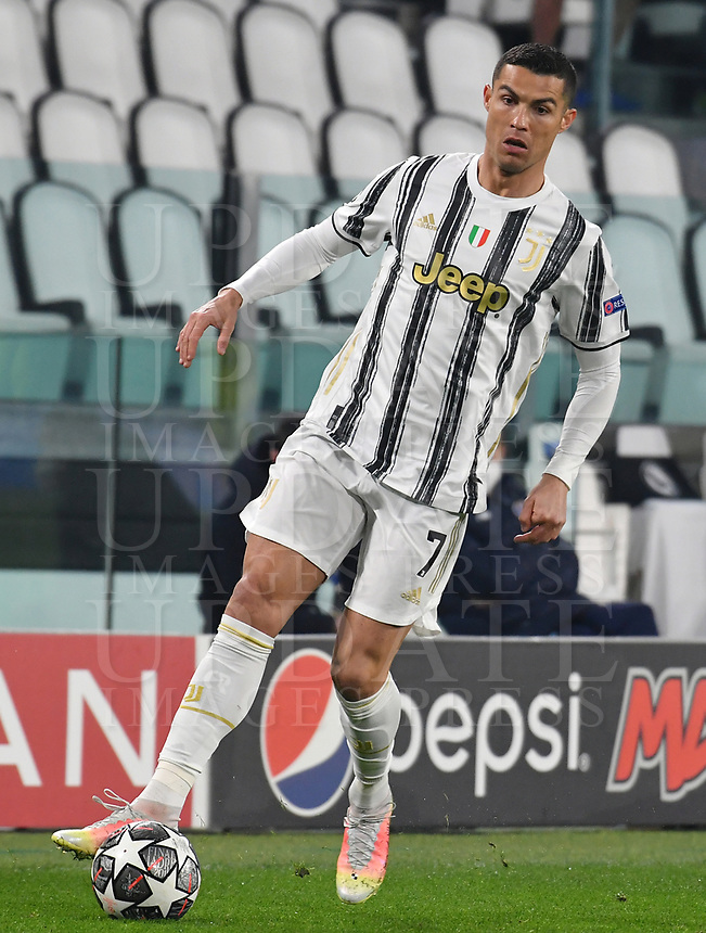 Football Soccer: UEFA Champions League -Round of 16 2nd leg Juventus vs FC Porto, Allianz Stadium. Turin, Italy, March 9, 2021.<br /> Juventus' Cristiano Ronaldo in action during the Uefa Champions League football soccer match between Juventus and Porto at Allianz Stadium in Turin, on March 9, 2021.<br /> UPDATE IMAGES PRESS/Isabella Bonotto