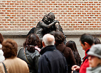 Living statue street performers, Madrid, Spain