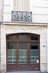 Lace Window Curtains, L'Osteria Restaurant, Paris, France, Europe
