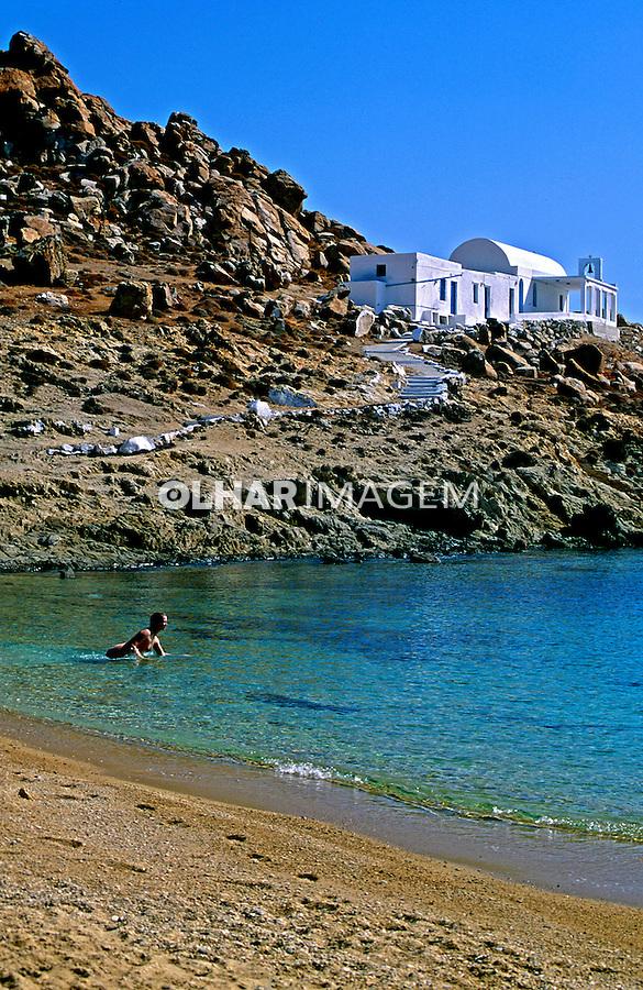 Praia na Ilha de Serifos. Grécia. 2000. Foto de Renata Mello.