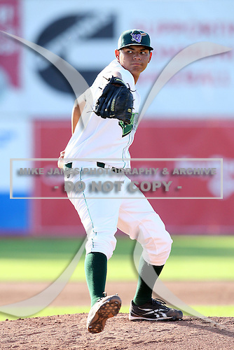 Jamestown Jammers pitcher Kenny Toves (29) during a game vs. the Mahoning Valley Scrappers at Russell Diethrick Park in Jamestown, New York June 20, 2010.   Mahoning Valley defeated Jamestown 9-2.  Photo By Mike Janes/Four Seam Images