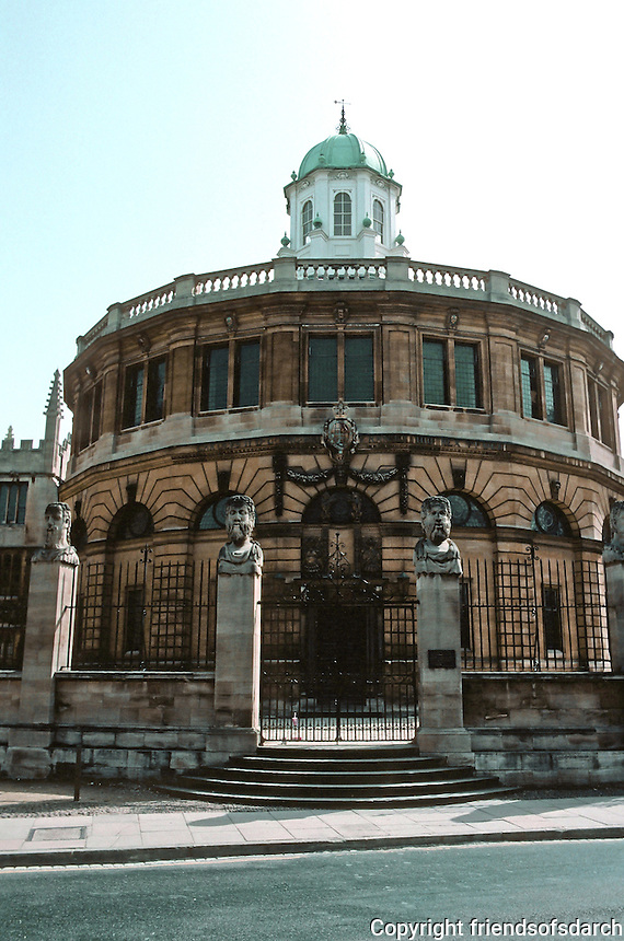 Sir Christopher Wren: Sheldonian Theatre, Oxford 1663. North elevation. Wren's model was  The Theater of Marcellus. Photo '87.